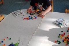 Pilvekeste mänguhommik Legoga